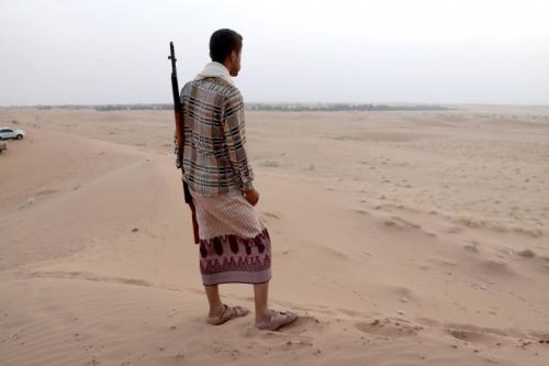 حظر تجوال في حضرموت والانتقالي يعلن حالة الطوارئ..  حرب اليمن: ما بين هروب الحكومة وتقدم الحوثيين صوب الجنوب